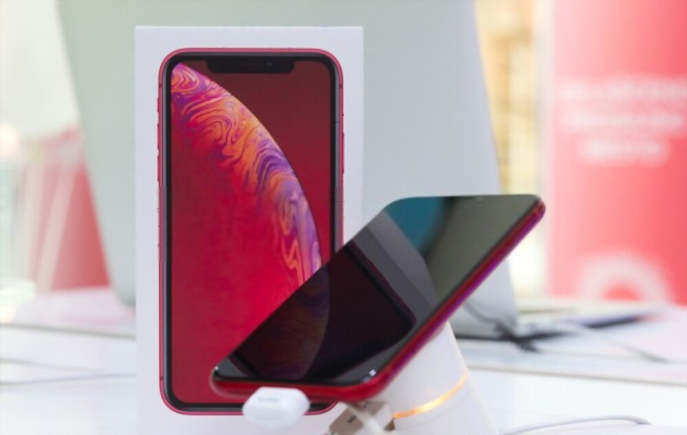 iPhone XR In 2021 Why I Buy And its Review